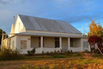 10 Meyburgh St, Fraserburg, Upper Karoo & Hantam Karoo, Northern Cape