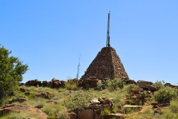 Stone pyramid, Trappieskop, Hanover, Upper Karoo & Hantam Karoo, Northern Cape